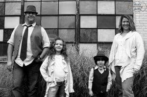 boho-family-black-white