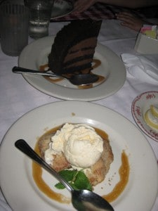 maggianos-chocolate-cake-apple-crostada