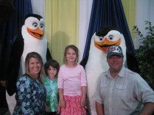 madagascar-penguins