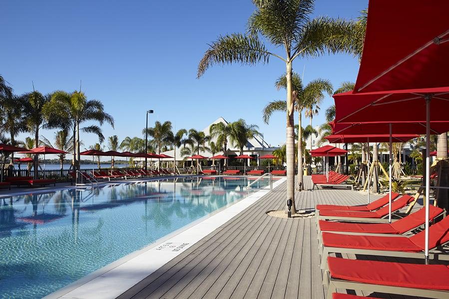Sandpiper-Bay-pool