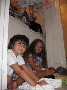 kids-chores-laundry