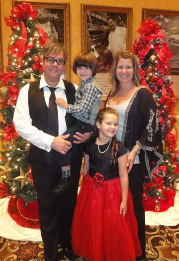Opryland-Family-Christmas-tree-picture