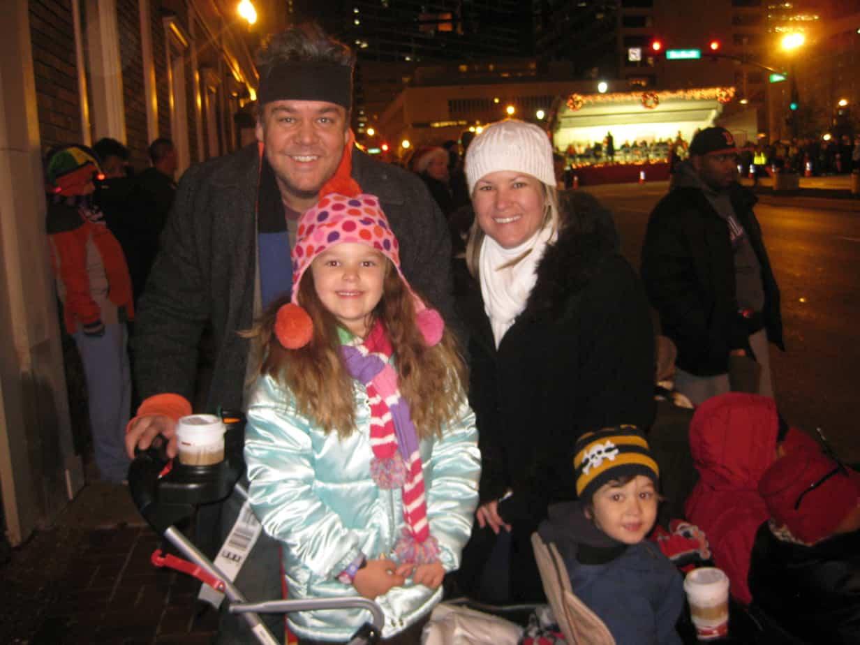 Nashville-Christmas-parade-family