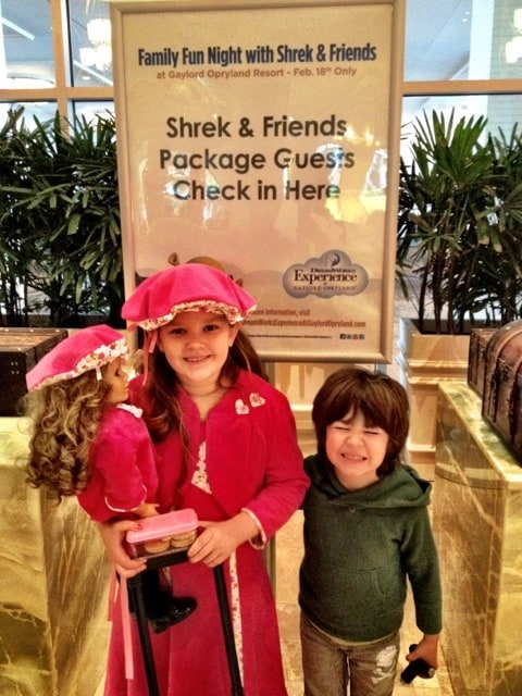 family-fun-night-opryland-shrek-and-friends