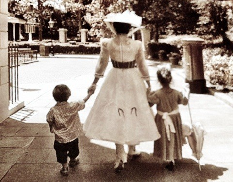 mary-poppins-kids
