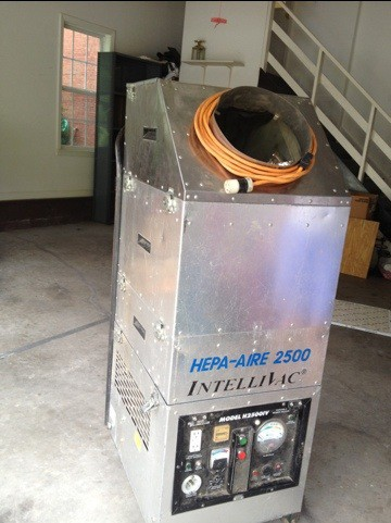 mr-b-air-duct-hepa-vacuum
