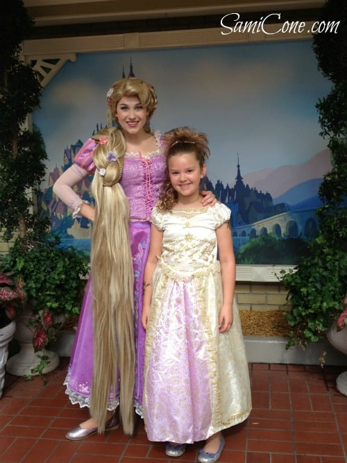Rapunzel-character-greeting-2012
