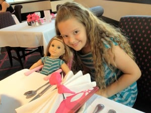 american-girl-place-chicago-cafe