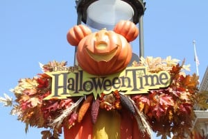 IMG 4056 300x200 Disney Halloween Fun & Activities at Disney Parks & at Home!