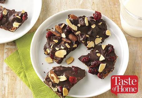 cranberry-almond-chocolate-bark