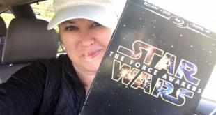 The Daily Dash: April 5, 2016 {#StarWars #ForceAwakens on DVD}