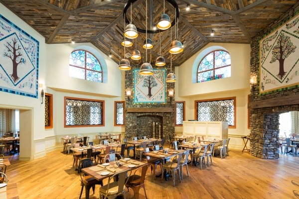 Dollywood DreamMore Resort Restaurant