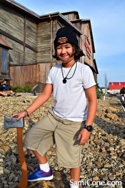 Lumberjack-Adventure-Britton-axe