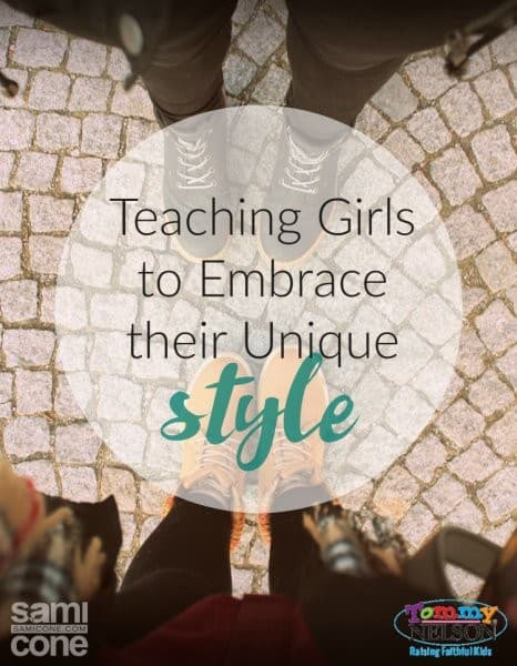 Teaching-Girls-to-Embrace-Their-Unique-Style-466x600