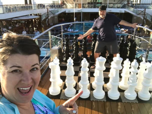 The Daily Dash: February 17, 2017 {#LLYMICruise Day 5 #DayAtSea}