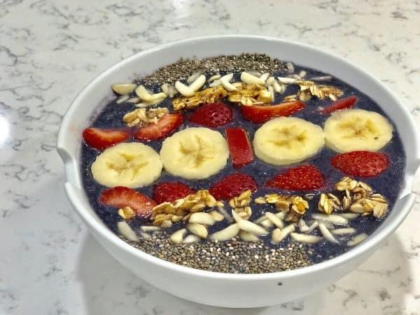 dairy-free-smoothie-bowl-blueberry-banana