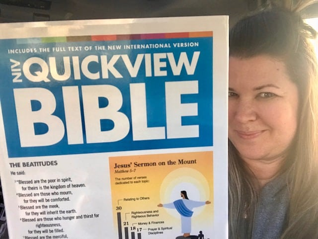 The Daily Dash: February 26, 2018 {NIV QuickView Bible Review} @NIVBible @Zondervan #Review