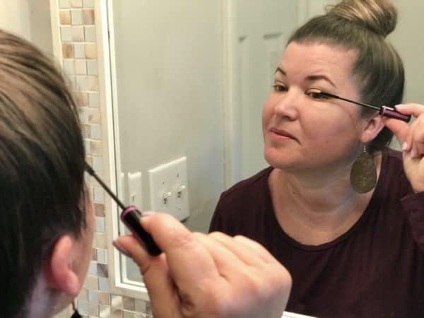 wet-n-wild-megaslim-skinny-mascara-mirror