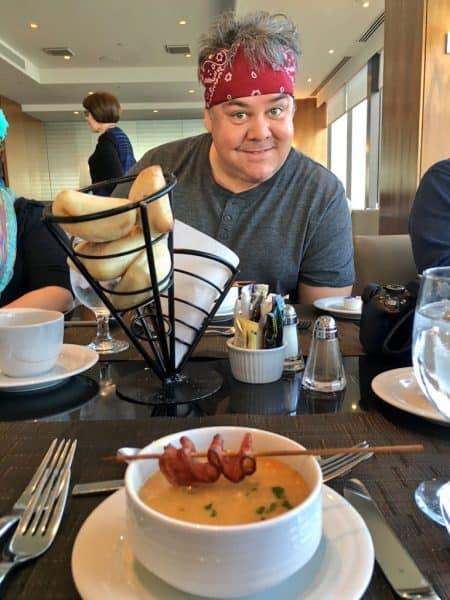 hilton-quebec-pea-soup-bacon-ribbon