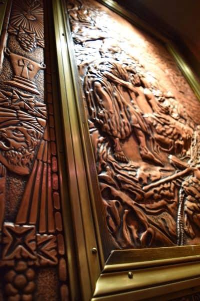 quebec-city-copper-door