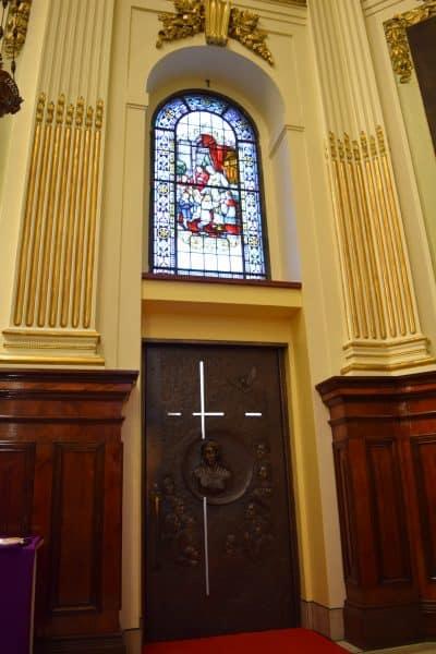 quebec-city-holy-door