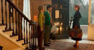 mary poppins returns emily blunt carpet bag polly umbrella