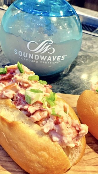 lobster roll opryland soundwaves