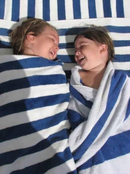 kariss & britton blue stripe towels 2008