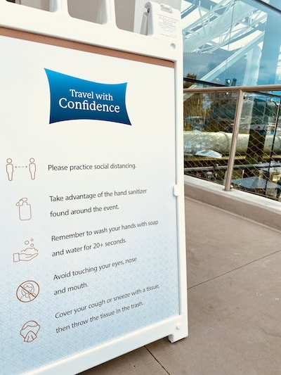 marriott opryland travel with confidence signage at SoundWaves